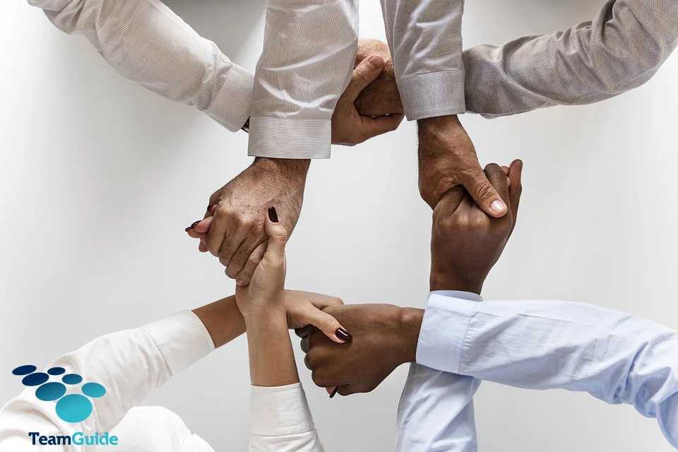 Hogyan motiváld munkatársaidat? – Avagy, mi van a pénzen túl?